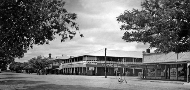 Oak Street, Barcaldine, March 1938