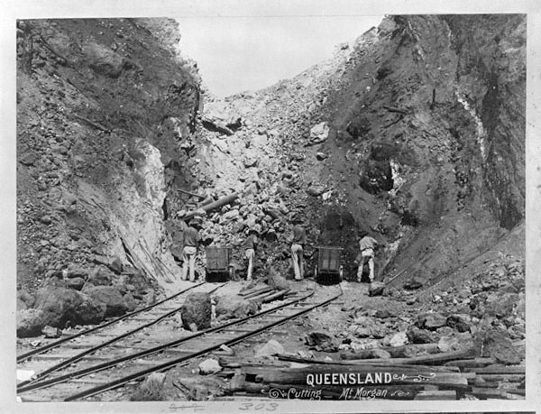 Miners at the Mount Morgan cutting face in 1897 [IID: 1108512]