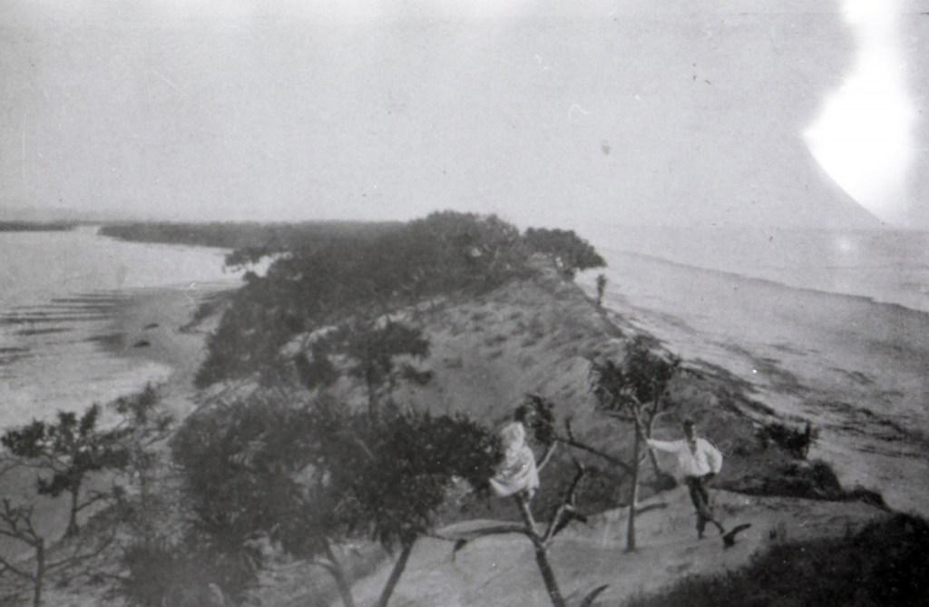 Image of Jumpin Pin before the separation of North Stradbroke and South Stradbroke
